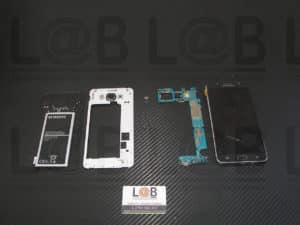 Αντικατάσταση οθόνης και μηχανισμού αφής σε τηλέφωνο Samsung Galaxy J710 (2016)